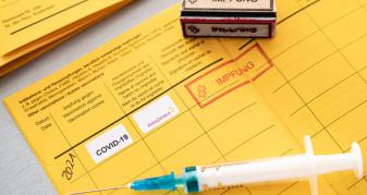 Щеплені проти COVID-19 можуть отримати Міжнародне свідоцтво про вакцинацію