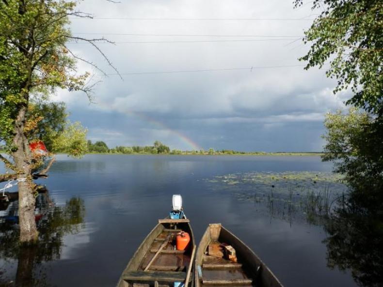 озеро Омит